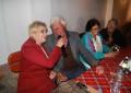Николина Чакърдъкова на среща в парка с хора от Хаджидимово