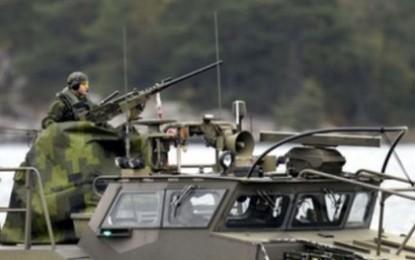 Ройтерс: Безпрецедентна мобилизация в Швеция заради руска подводница