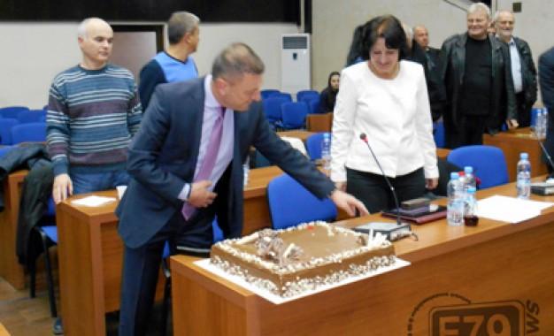 Румен Калайджиев почерпи за 50-годишния си юбилей