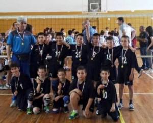 Триумф за малките волейболисти на Разлог, спечелиха републикансо първенство